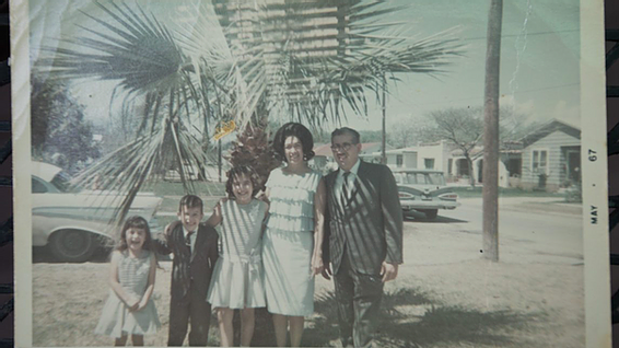 Old 1950's image of the Barrios Family